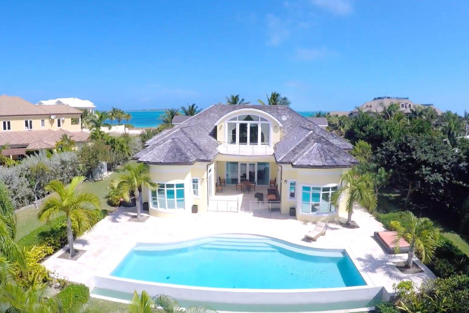Single Family Homes for Sale at Ocean Club Estates #22 Ocean Club Estates, Paradise Island, Nassau And Paradise Island Bahamas