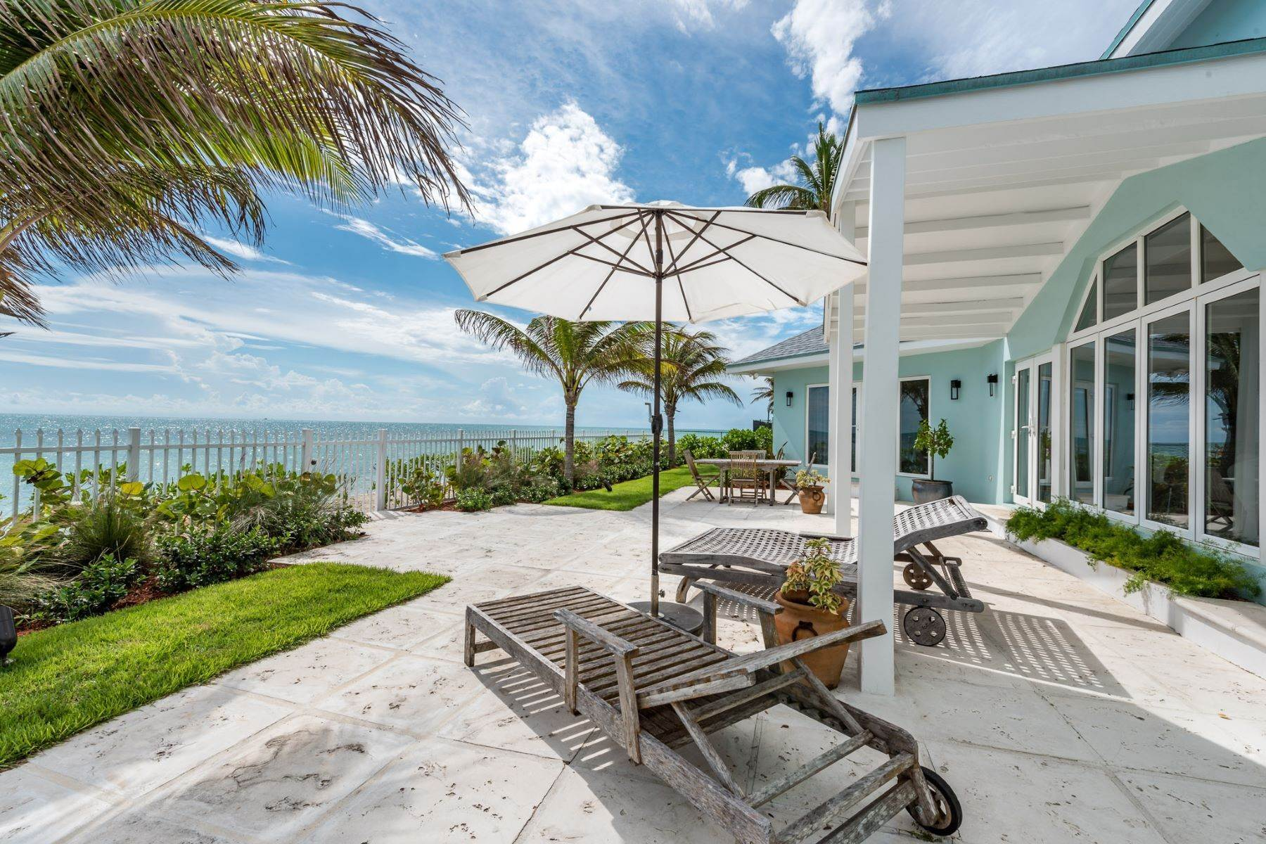 Single Family Homes for Sale at Sugar Plum, Coral Harbour Coral Harbour, Nassau And Paradise Island Bahamas