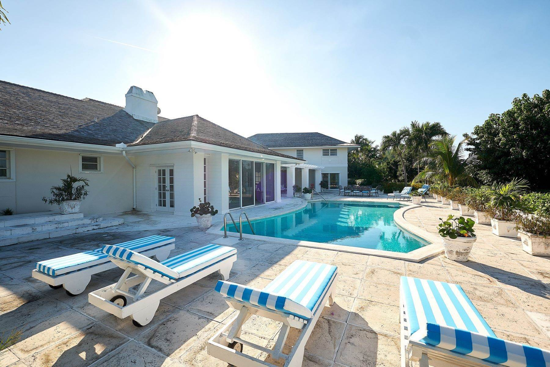 Single Family Homes for Sale at A little bit of heaven, West Lyford Place Lyford Cay, Nassau And Paradise Island 0 Bahamas