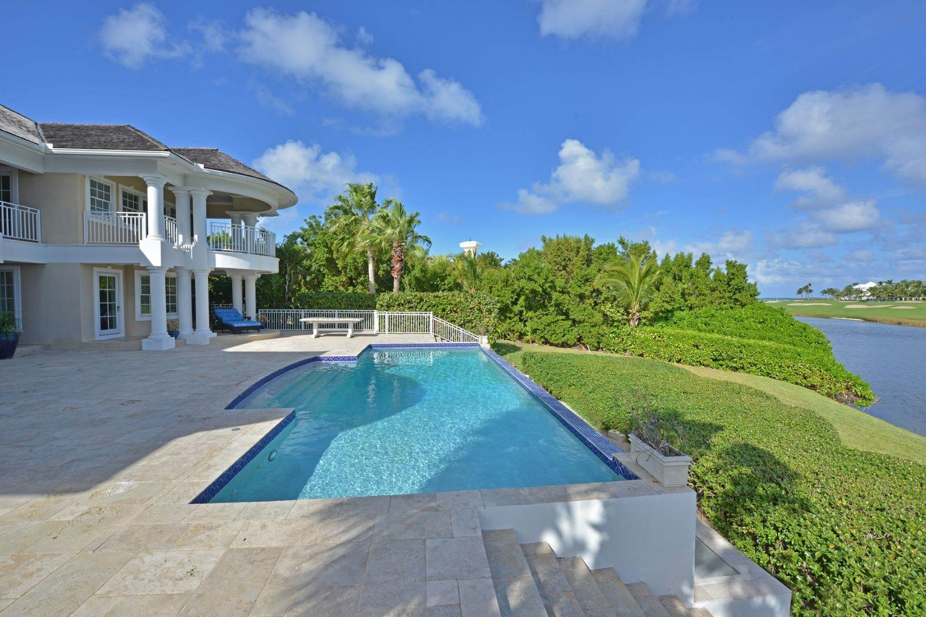 Single Family Homes at Ocean Club Estates, Paradise Island, Nassau And Paradise Island Bahamas